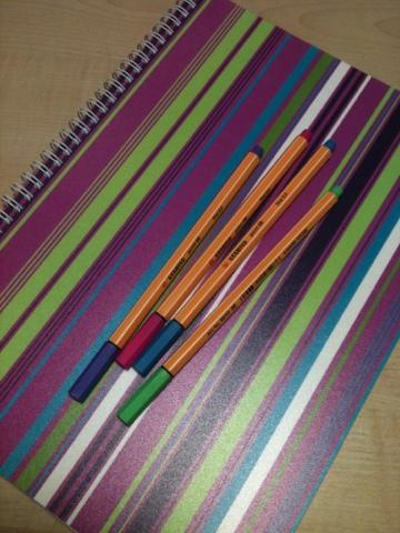 fina block och pennor