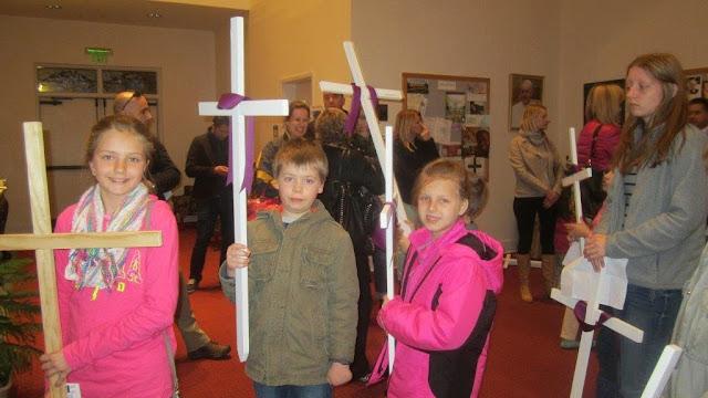 Stations of the Cross with children 3/27/15  pictures E. Gürtler-Krawczyńska - IMG_5286.jpg