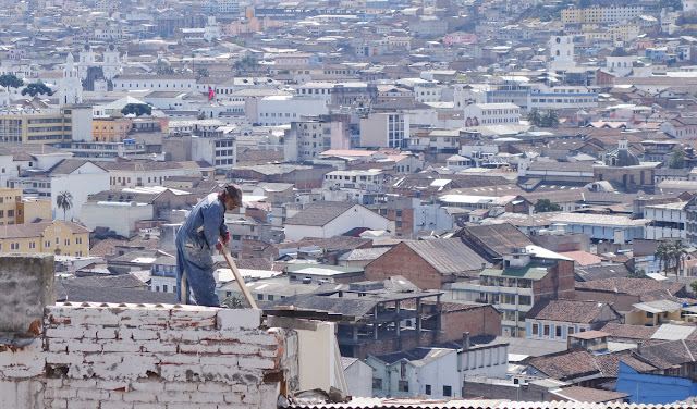 Men at work - Quito (Ecuador)