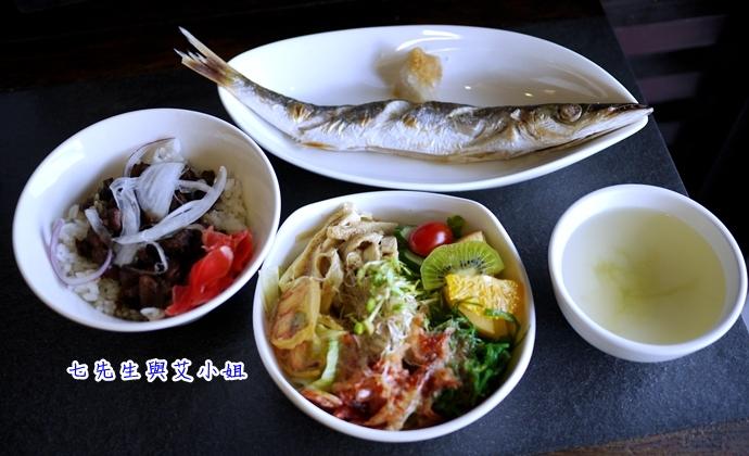 9 漁泊食堂