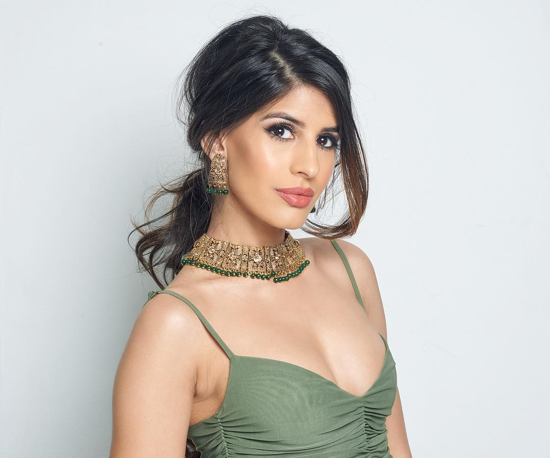 Jasmine walia  PHOTO PHOTO GALLERY   : IMAGES, GIF, ANIMATED GIF, WALLPAPER, STICKER FOR WHATSAPP & FACEBOOK #EDUCRATSWEB