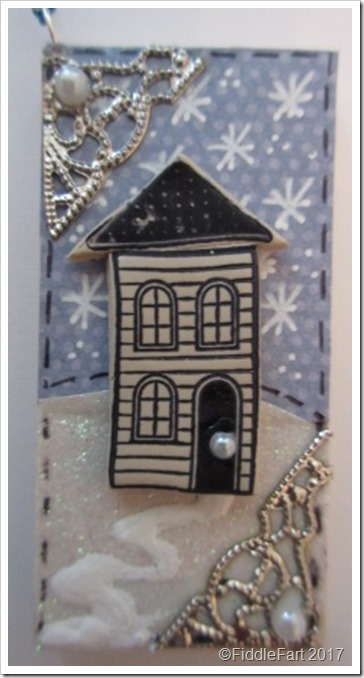 Christmas House Tag