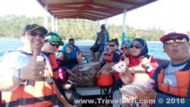 Paket Tour Wisata Travel BWi Banyuwangi - Kapal ke Pulau Menjangan