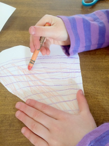 Here's some lovely process art for you to try. Perfect for making those kindergarten Valentines even prettier!