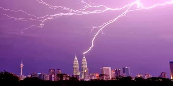 Gambar Kuala Lumpur Ibu Kota Kilat.jpg