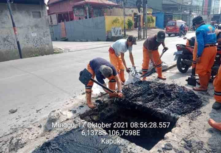 PPSU Kelurahan Kapuk Selalu Siap Siag Penanganan Banjir...