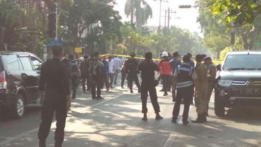 Ada Tiga Ledakan Bom di Surabaya