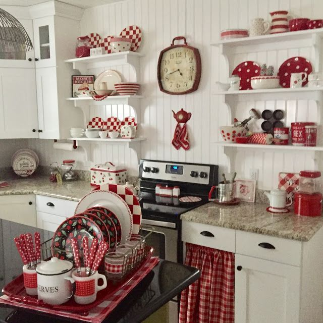 Red Theme Kitchen Wall Decor