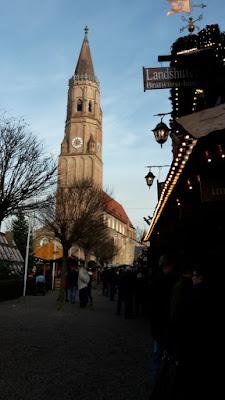 Leberkassemmel und mehr: Christkindlmarkt Landshut