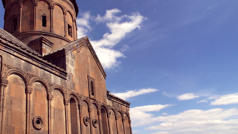 We lucked out with the great blue sky in Ani Kars