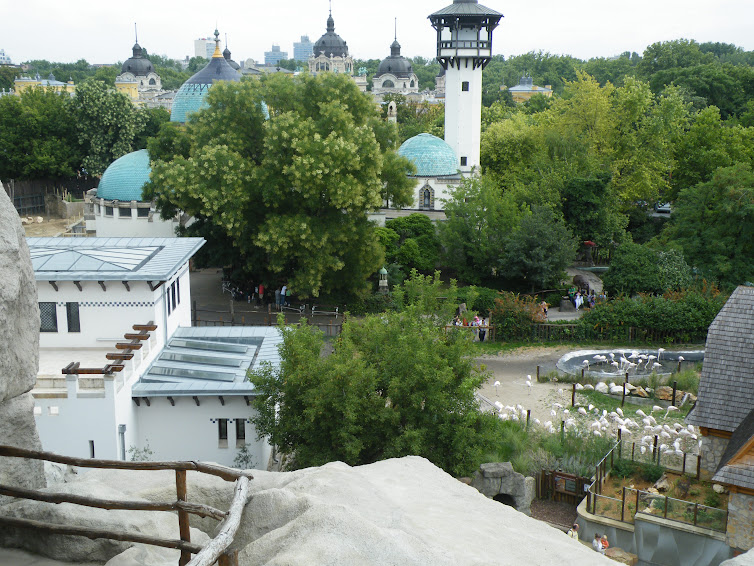 Entertainment in , Hungary, visiting things to do in Hungary, Travel Blog, Share my Trip
