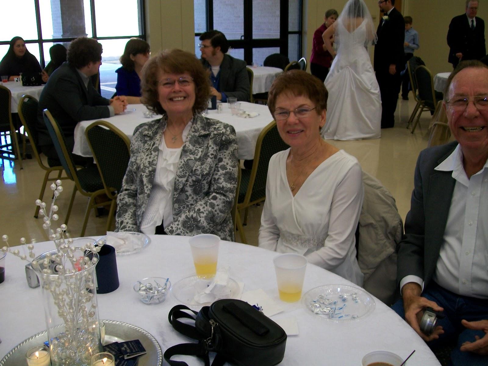 Our Wedding, photos by Joan Moeller - 100_0453.JPG