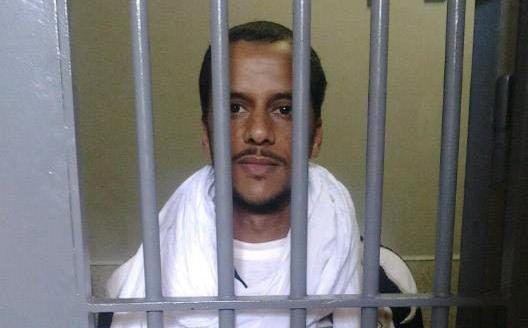 ⭕ URGENTE   La familia del preso político saharaui Mohamed lamin haddi informa que acaban de recibir una llamada de su hijo.