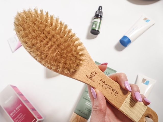 beauty-blog-review-boswell-&-Co-oxford-hydrea-london-combination-body-brush