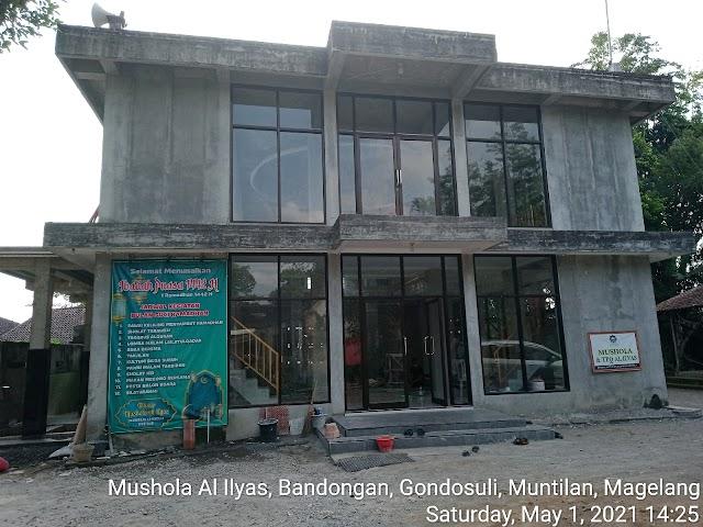 Bersih Bersih masjid di Mushola Al Ilyas, Bandongan, Gondosuli, Muntilan, Magelang