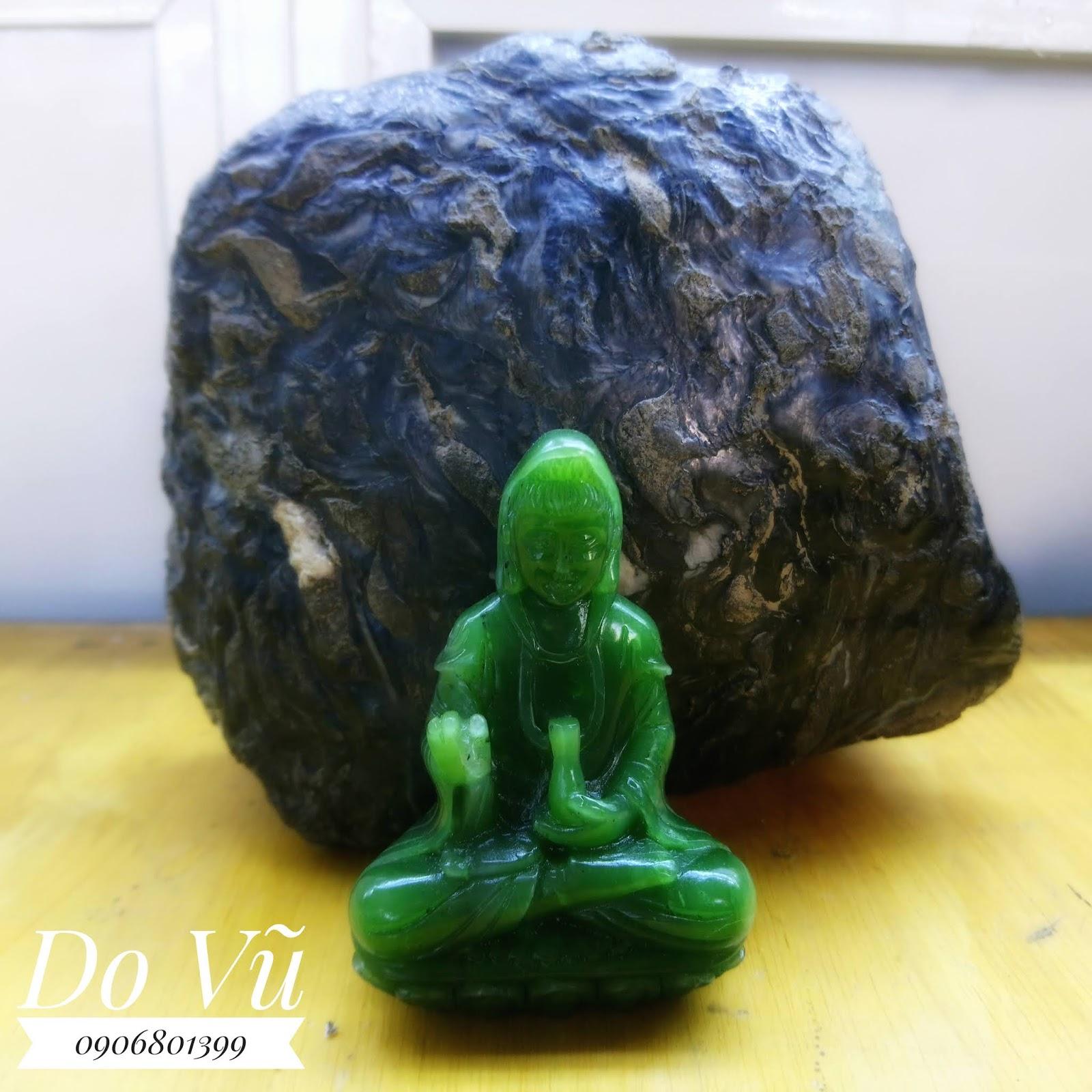 Phật ngọc Nephrite chạm tứ diện
