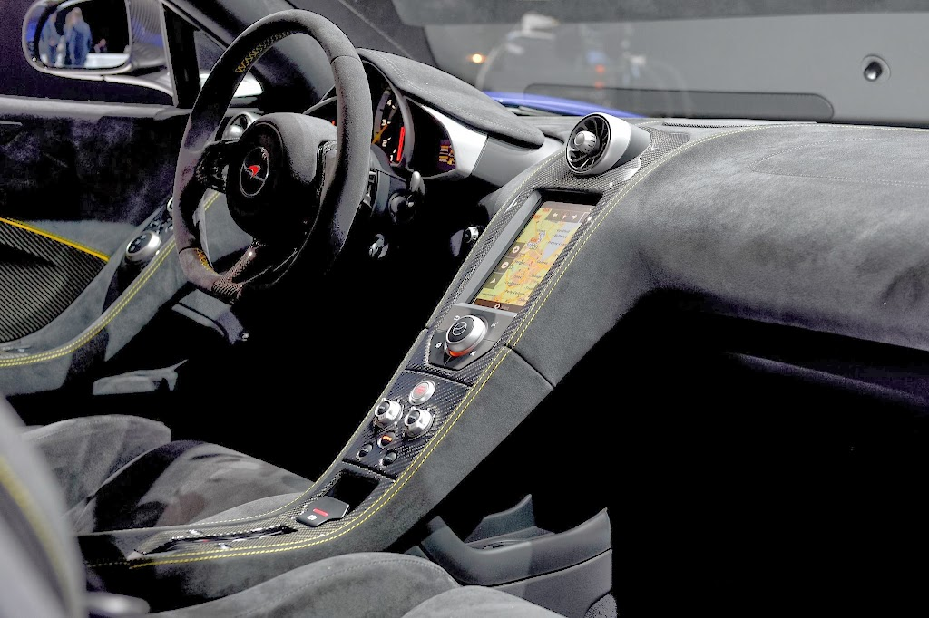 McLaren 650S Spider Geneva Motor Show 11
