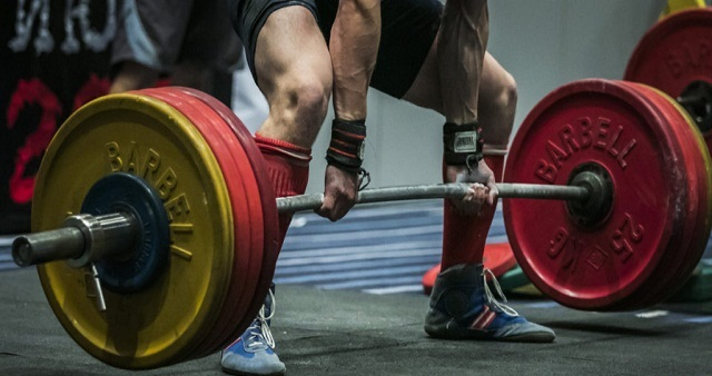 Grip Deadlift To Enhance Upper Back and Traps
