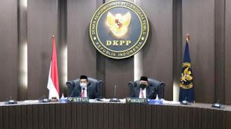 DKPP Berhentikan pegawai Anggota KPU Banjar dan Maros