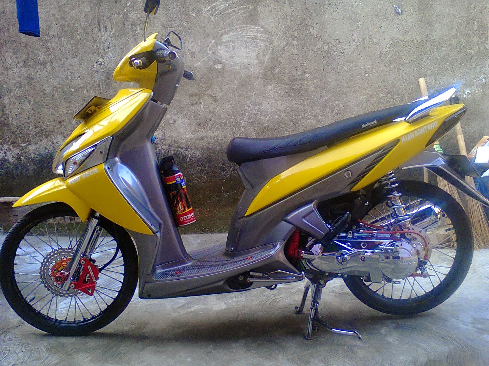 Download Modifikasi Motor Vario 125 Velg 14 Terupdate Velgy Motor