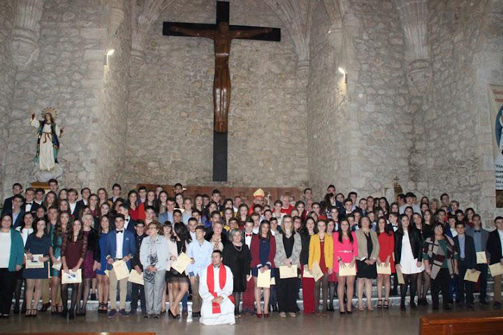 http://www.parroquiadevillacanas.com/galeria-fotografica/confirmaciones-2015