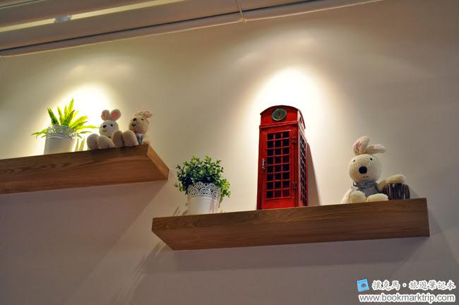 豆子咖啡兔仔與電話亭