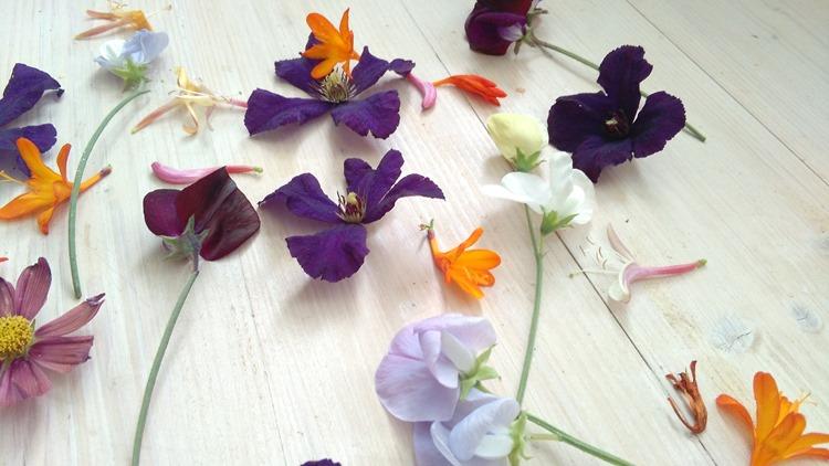 flower faffing