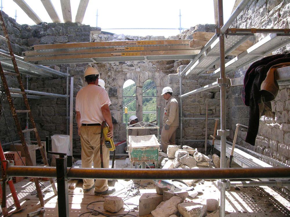 Reconstruccion Torre de Uriz - DSCN8768.jpg
