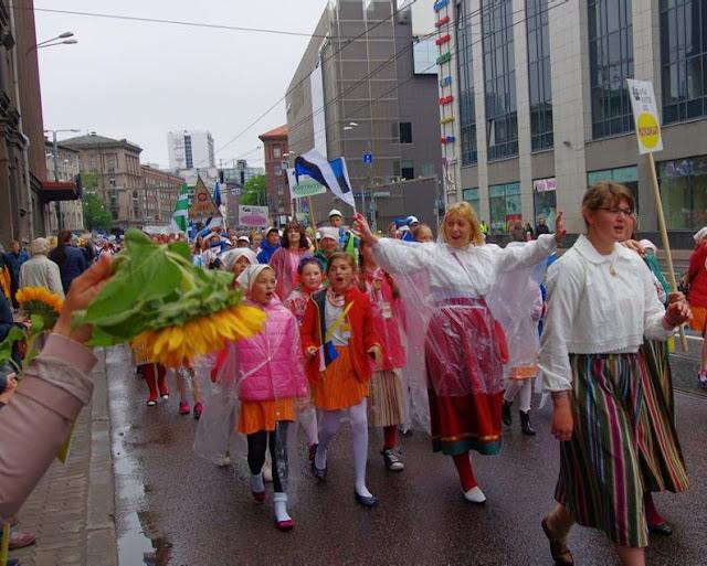 XII Noorte laulu ja tantsupidu / XII Молодежный певческий и танцевальн - 1%2B%25282%2529.jpg