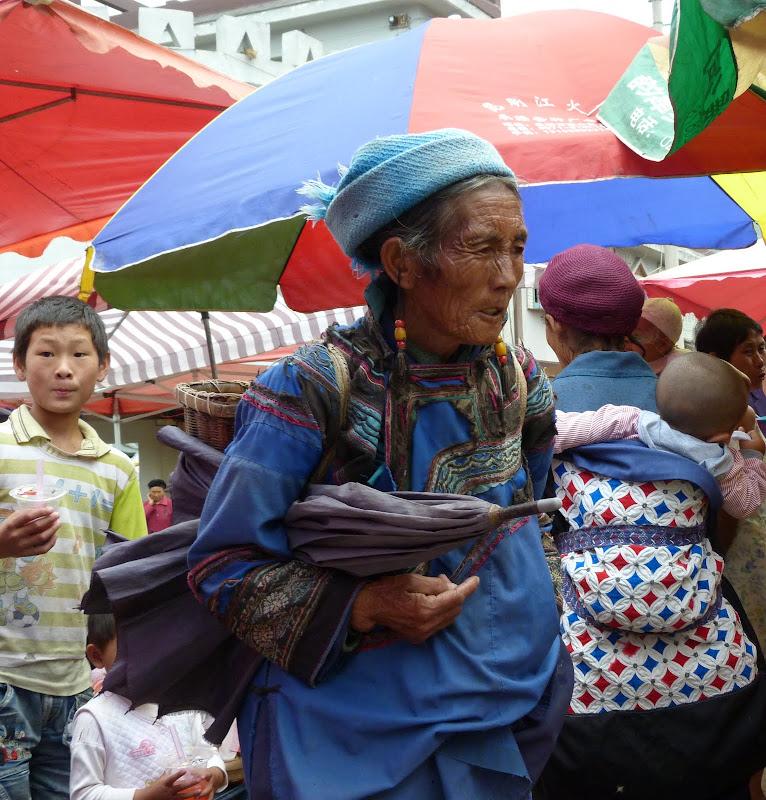 CHINE SICHUAN.XI CHANG ET MINORITE YI, à 1 heure de route de la ville - 1sichuan%2B943.JPG