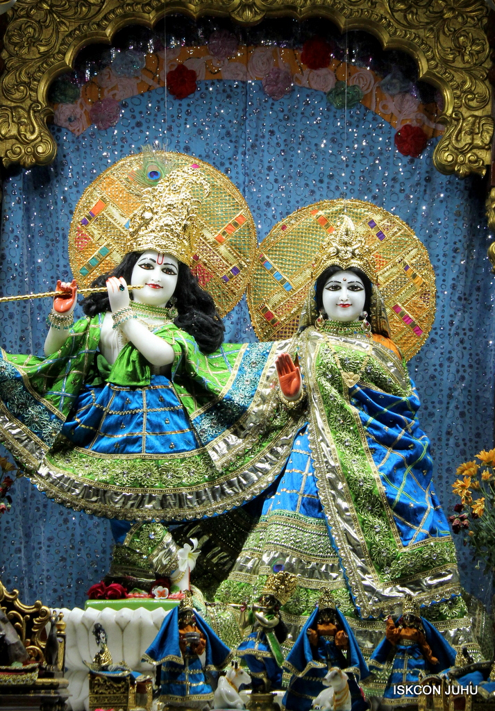 ISKCON Juhu Mangal Deity Darshan on 5th Sep 2016 (27)
