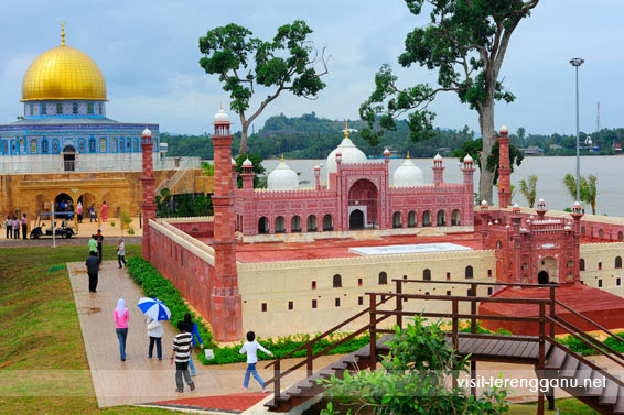 Taman-Tamadun-Islam-The-Islamic-Civilisation-Park