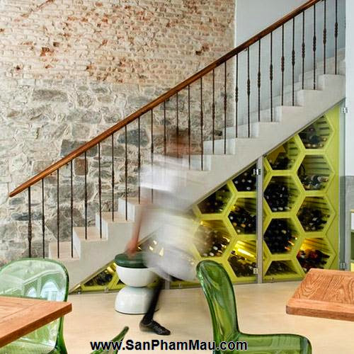 Mẹo thiết kế tủ cầu thang hữu ích - Tủ âm tường gỗ-5