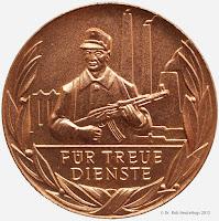 207a Medaille für treue Dienste in den Kampfgruppen in Bronze für 10 Dienstjahre  www.ddrmedailles.nl