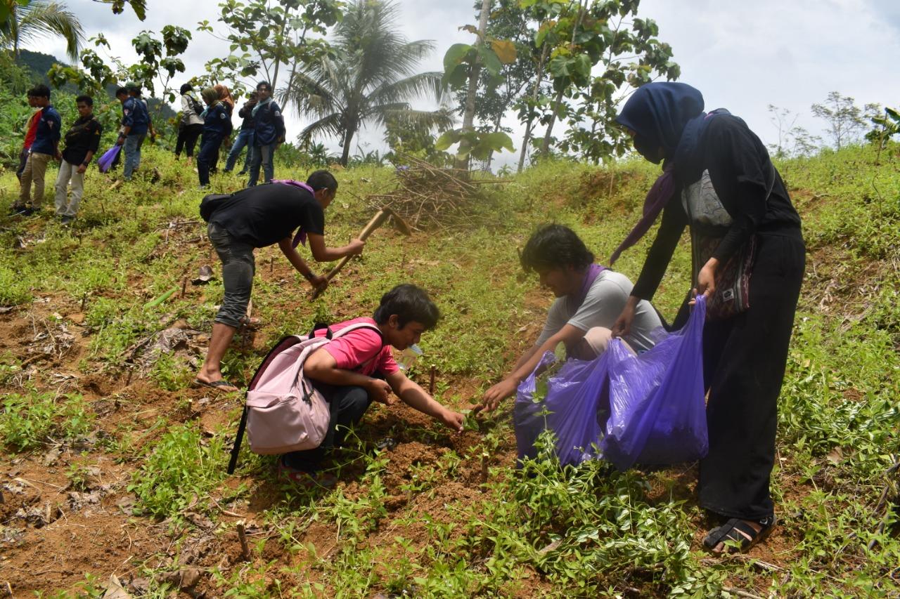 Korem 071/Wijayakusuma Tanam 40 Ribu Pohon di Darmakradenan