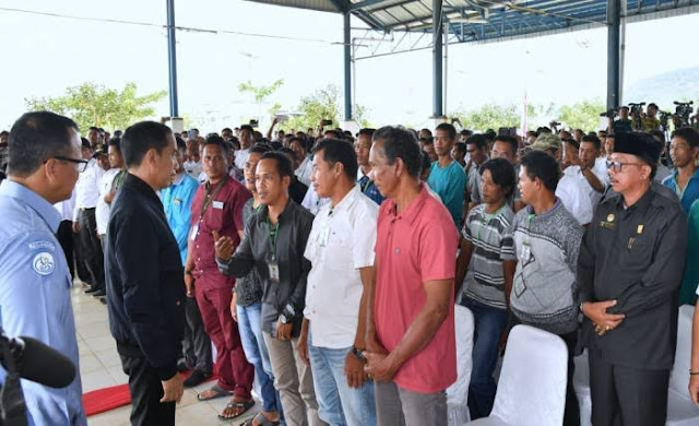 Maaf Ya, Jokowi Hadir ke Natuna Bukan untuk Gertak China, tapi Demi Nelayan Indonesia