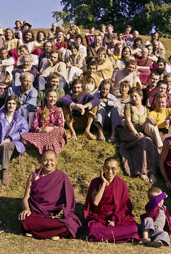 Lama Yeshe and Lama Zopa Rinpoche in a group photo from the 8th Meditation Course at Kopan Monastery, Nepal, 1975. In the center is Lama Yeshe and Lama Zopa Rinpoche, with Thor Kolb. Photo courtesy of Lama Yeshe Wisdom Archive.