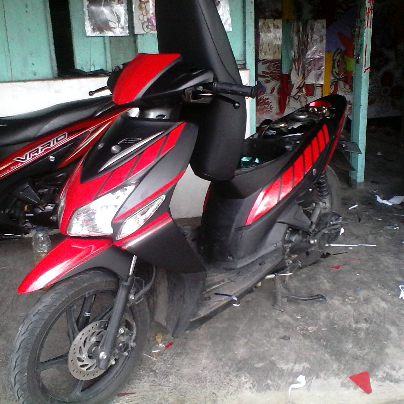 Vario 110 simple silver sticker