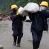Preparing to transport food to Manang by passing Thorangla