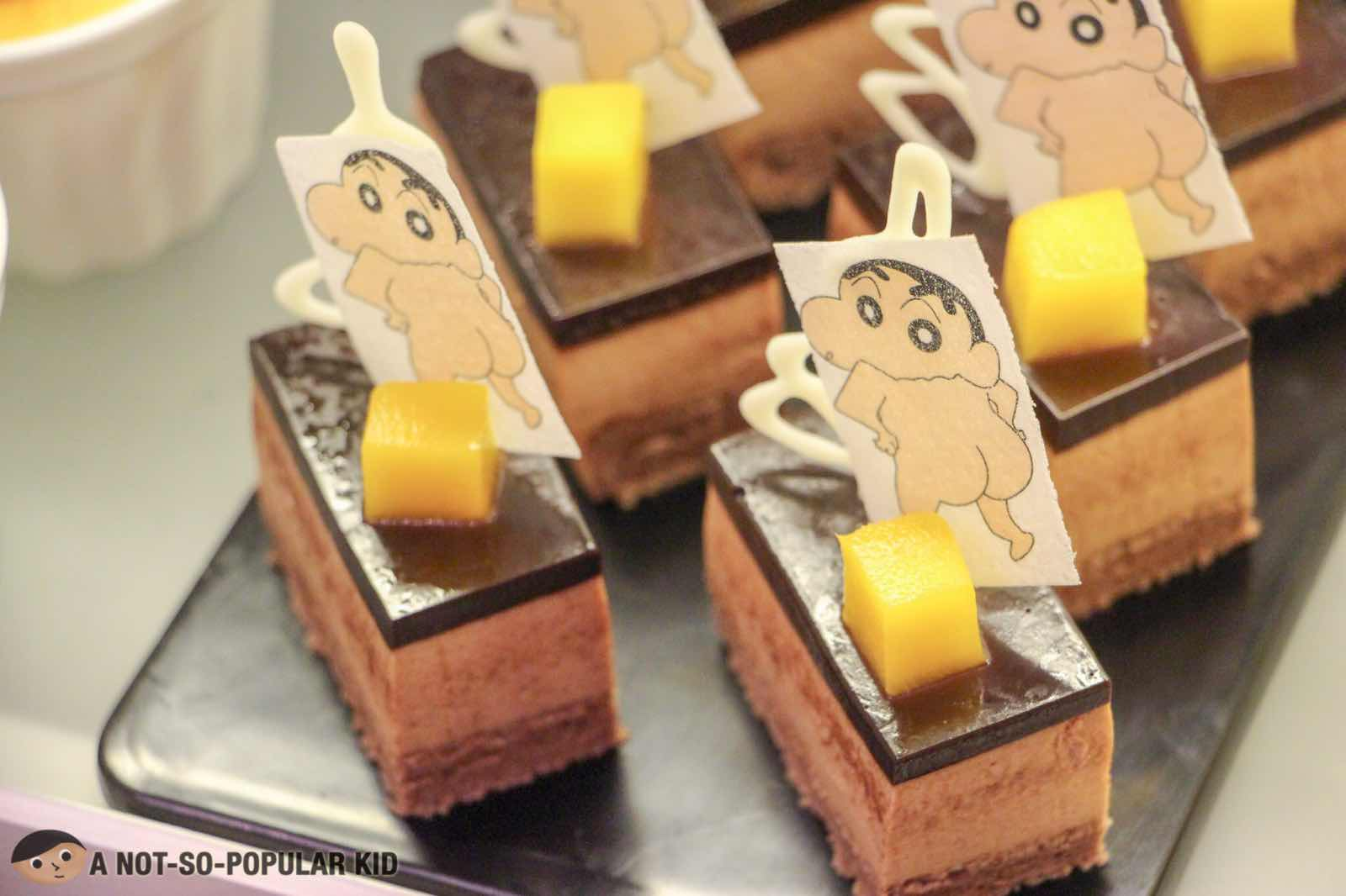 Shin Chan novelty cakes in Six Doors