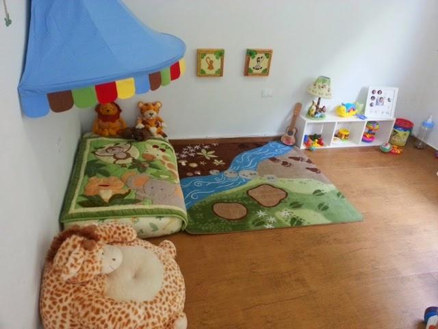 Montessori en el hogar cuarto para beb s al estilo montessori for Cuartos montessori para ninas