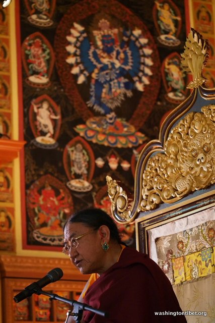 Special audience with HH Sakya Trizin Rinpoche - 10-P5080113%2BB72.jpg