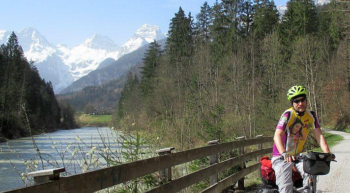 Chris on the Bike bei der Abfahrt im Saalach-Tal