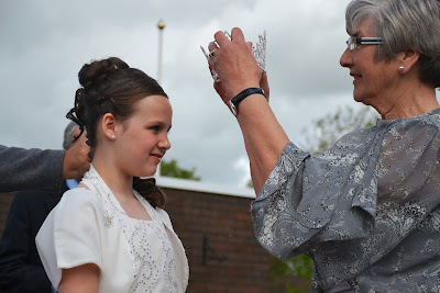 01-06-2013 - By Scott Campbell (+44) 0774 296 870 - Condorrat Gala Day, 2013, at St. Helen's Primary School; Picture shows local business owner Evelyn Wales crowning Queen (Shannon).