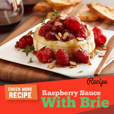 Brie with Raspberry Sauce