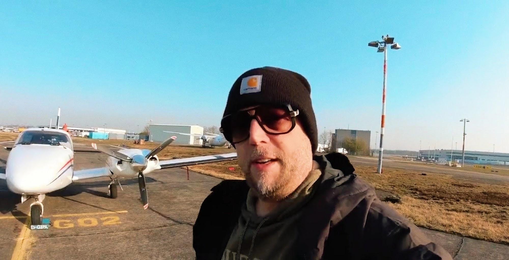 Smudo zeigt uns wie man fliegt
