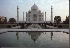 Dawn_Taj_Mahal[2]