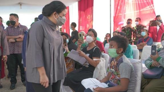 Aksi Nyata Ketua DPR Pantau Vaksinasi di Daerah Padat Jakarta: Saya Datang Jemput Bola ke Tanah Sereal