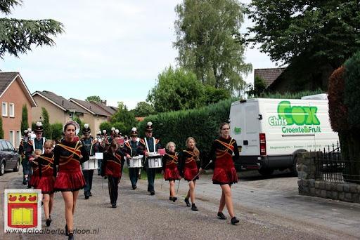 Koningschieten Sint Theobaldusgilde overloon 01-07-2012 (136).JPG
