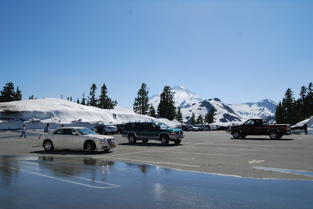 Visitors head up to Artist Point in July to enjoy the snow in the summer heat / Credit: Bellingham Whatcom County Tourism